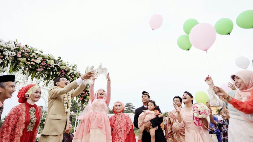Pernikahan asep bagja dan retno ika pada bulan mei tahun 2014